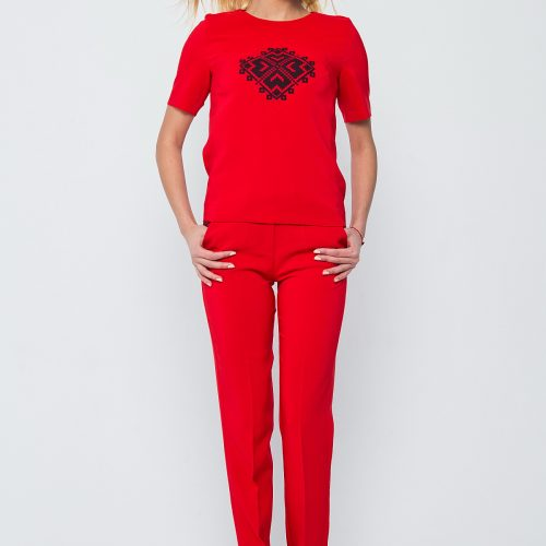 Купить брючный костюм красного цвета